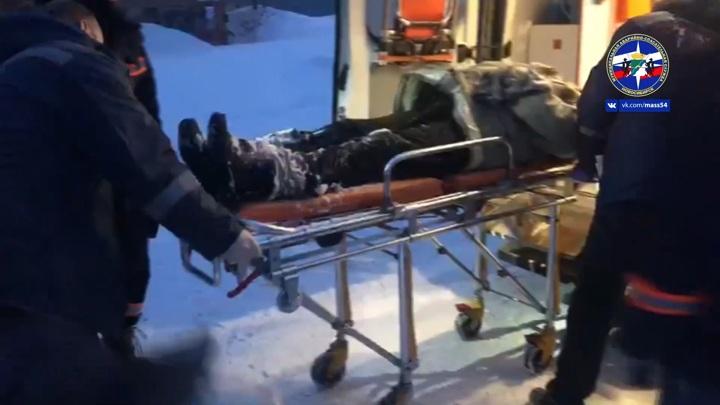 Спасение едва не замерзшего в сугробе новосибирца сняли на видео