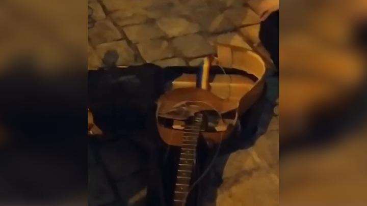Во Львове за русский язык поколотили музыкантов и разбили инструменты