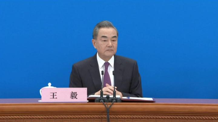 Глава МИД КНР: Китай и Россия борются с политическими и РНК-вирусами