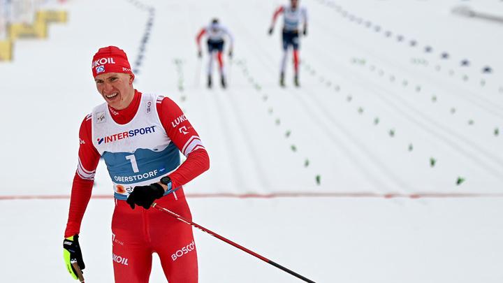 Владимир Путин назвал Большунова главным героем марафона