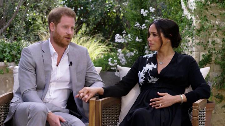 Британский принц Гарри и его супруга Меган Маркл признались во лжи