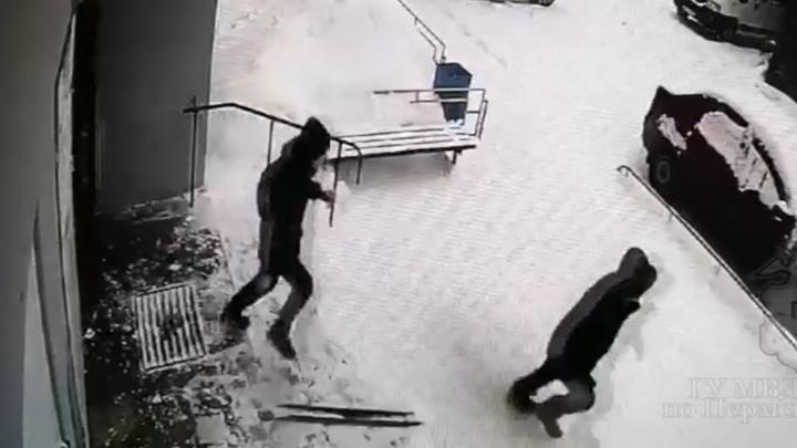 В Перми поймали грабителя, отнимавшего у школьников телефоны