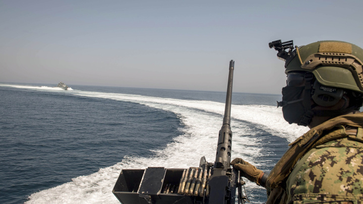 Израиль пытался потопить десять иранских судов с нефтью и оружием