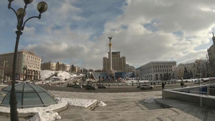 """Киев упустил шанс с Крымом и """"погружается в милитаристский психоз"""""""