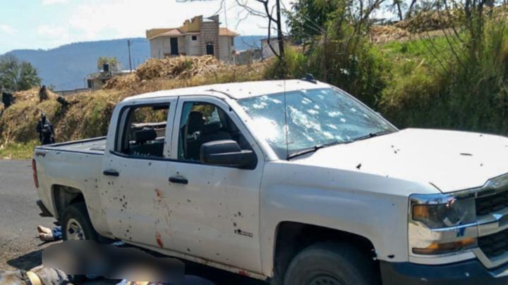 В Мексике бандиты напали на колонну полицейских и убили 13 человек