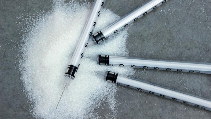 У пациентов с COVID-19, которые ранее не жаловались на повышенный сахар в крови, могут развиться симптомы диабета.