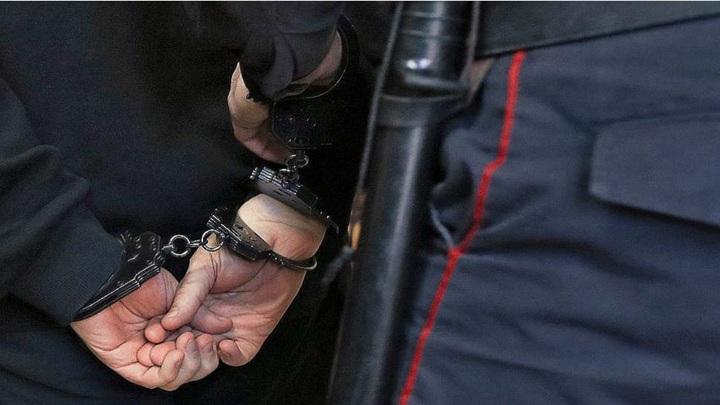 В Чувашию доставлен подозреваемый в мошенничестве, скрывавшийся 11 лет