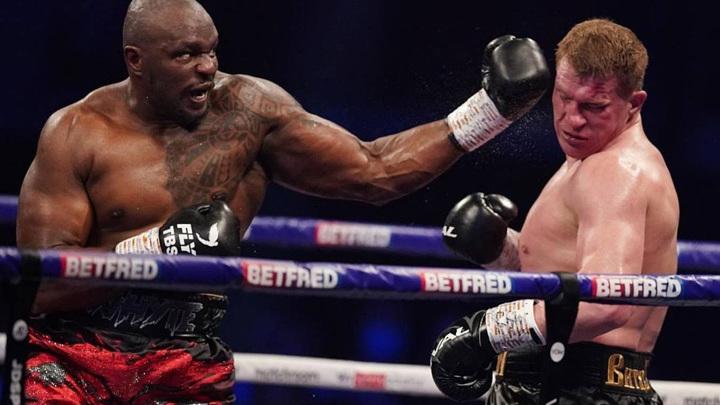 Поветкин не сумел защитить временный титул чемпиона мира по версии WBC в супертяжелом весе