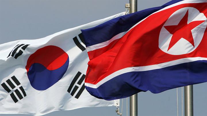 В КНДР предупредили о возможности передачи covid-19 через листовки из Южной Кореи