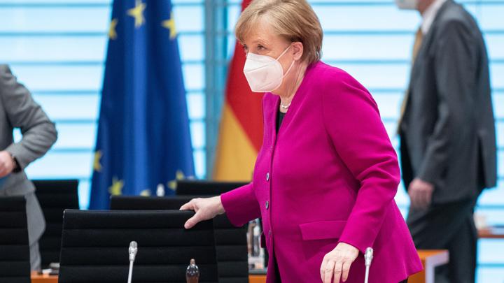 """""""Жребий брошен"""": правящая партия ФРГ определилась с преемником Меркель"""