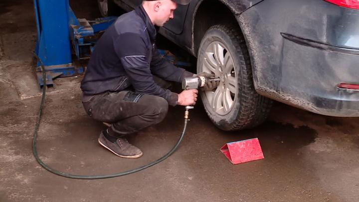 За шины не по сезону будут штрафовать