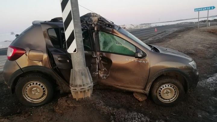 Спящие в Оренбуржье: женщина уснула за рулем и попала в ДТП