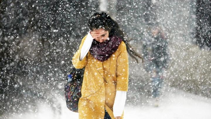 Челябинскую область накроет мощный циклон со снегом и дождем