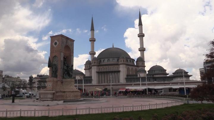 Авиасообщение с Турцией предложили срочно закрыть
