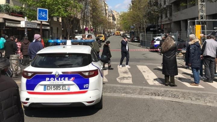 Охранника парижской больницы убили в перестрелке