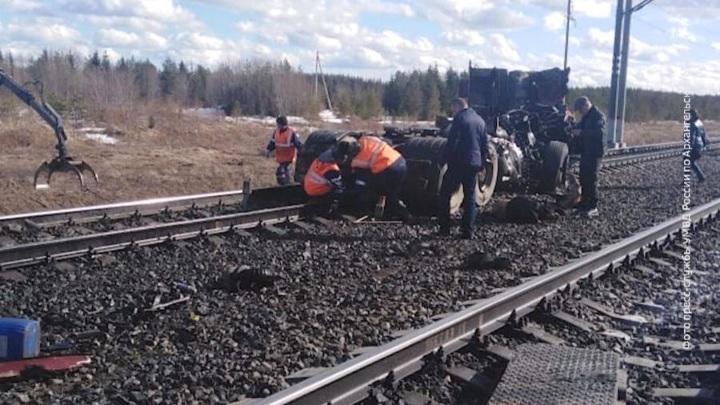 Чудом выжил: в Поморье пьяного мужчину зацепил поезд