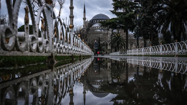 Ростуризм открыл горячую линию по ситуации с Турцией и Танзанией