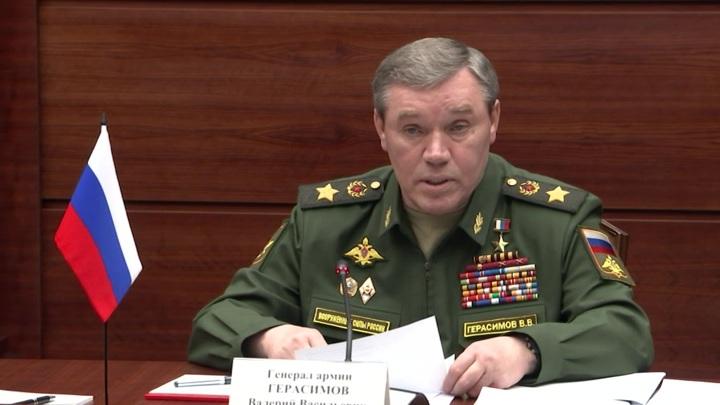 Главы Генштабов России и Армении обсудили сотрудничество в оборонной сфере
