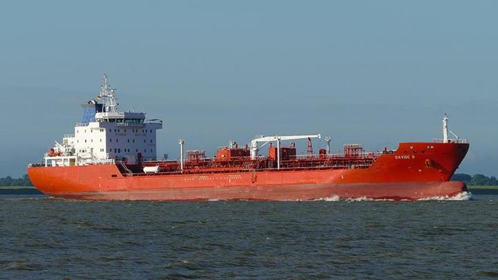 Экипаж танкера, захваченный в Гвинейском заливе, освобожден