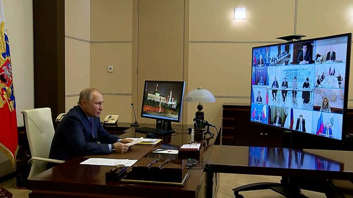 Путин обсудил с Совбезом ответные меры на антироссийские санкции США