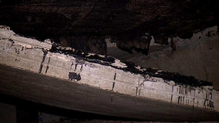 В Рязани по факту падения бетонной плиты на крыше дома создана спецкомиссия
