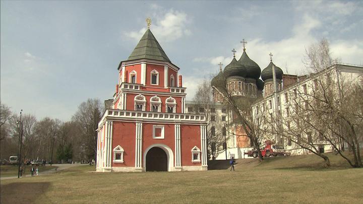 Завершилась реставрация Мостовой башни царской усадьбы Измайлово