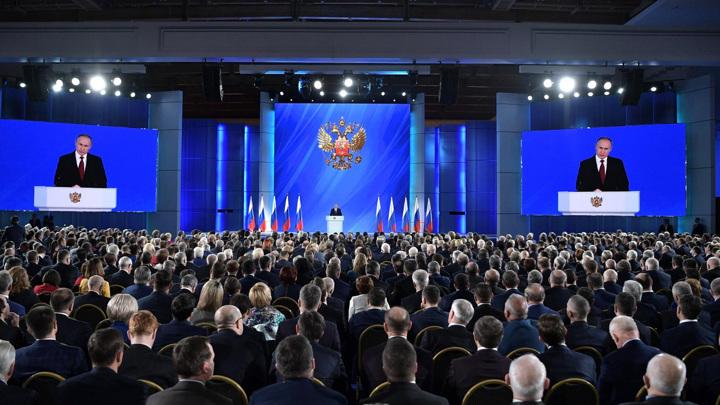 Путин: Челябинск сможет обновить систему общественного транспорта