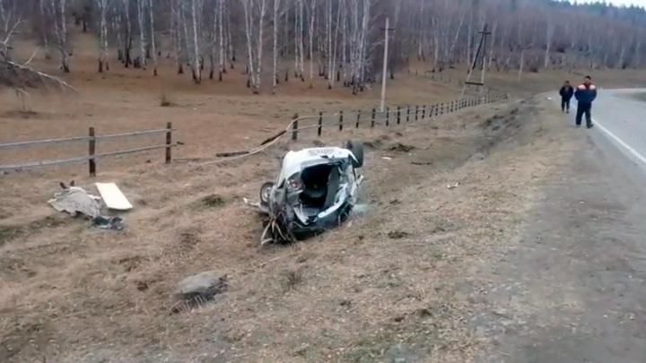 Смертельный поворот: водитель и пассажир погибли на трассе в Башкирии