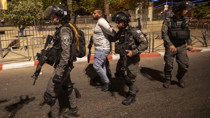 В Израиле после беспорядков началось военное противостояние