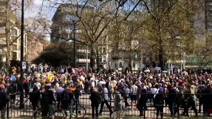 В Лондоне прошла акция протеста против COVID-паспортов