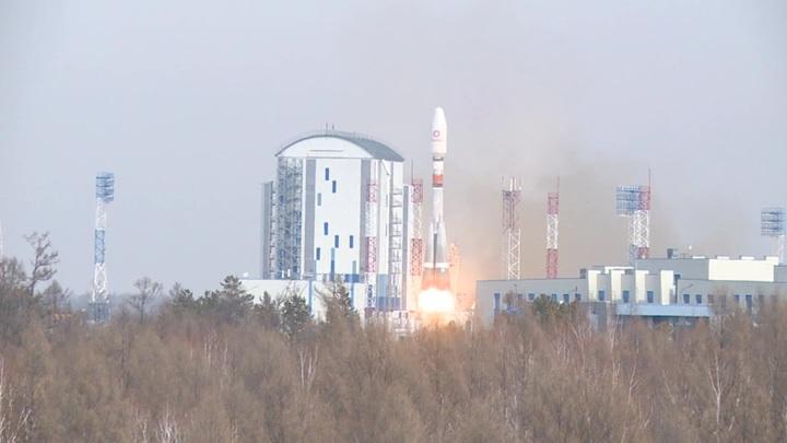"Носитель ""Союз"" вывел на орбиту спутники OneWeb"