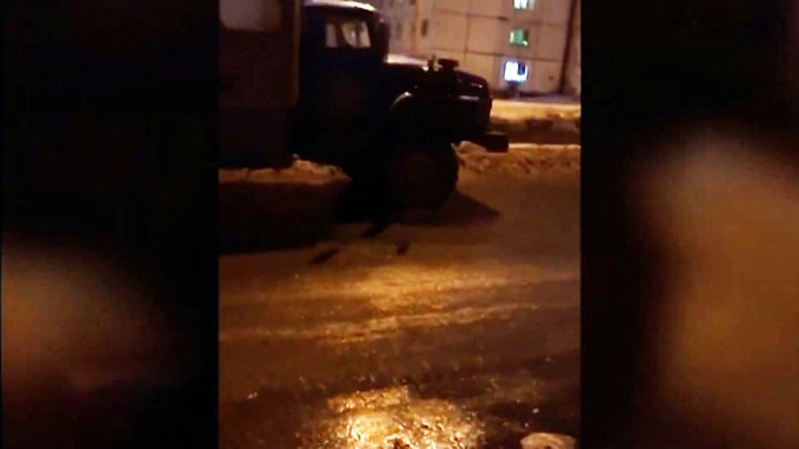 Норильским полицейским пришлось догонять грузовик без водителя