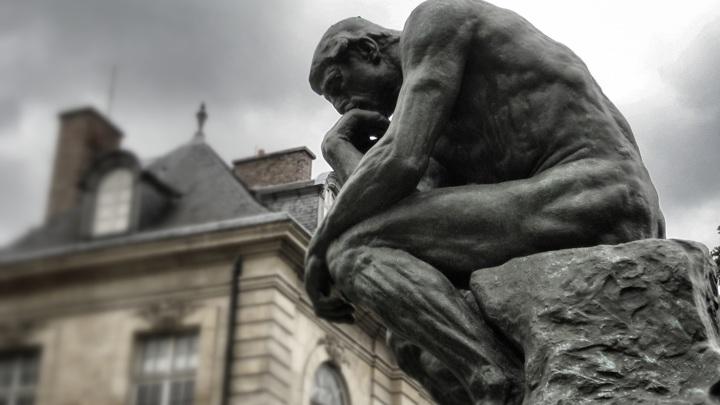 """""""Мыслитель"""", Огюст Роден, Париж / CC0 Всеобщее достояние"""
