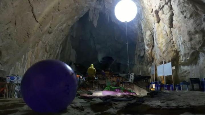 Люди потеряли чувство времени за 40 дней в пещере
