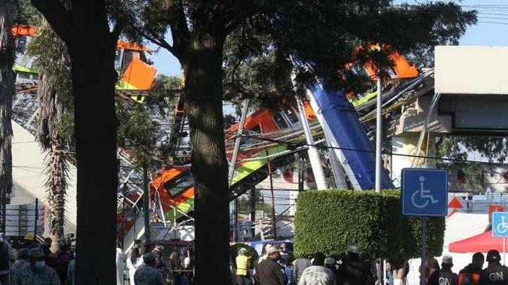 Число жертв обрушения моста в Мехико возросло до 25