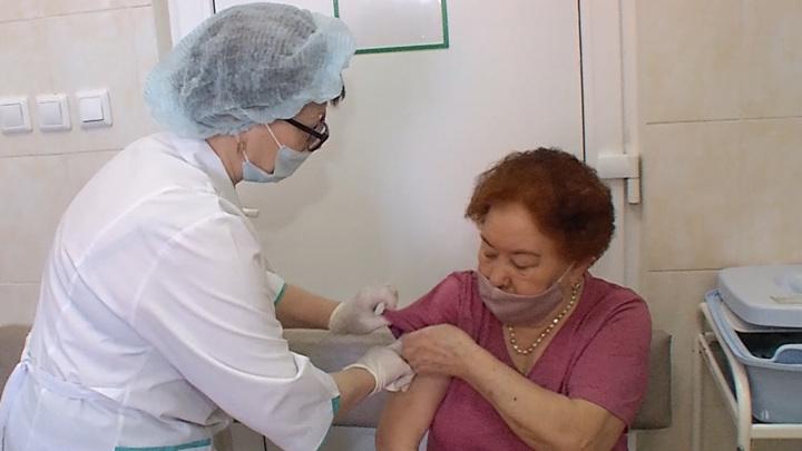 В Башкортостане прививку от коронавируса сделали более 200 тысяч жителей