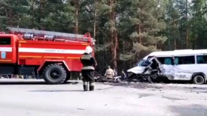 Пять человек погибли в аварии в Курганской области