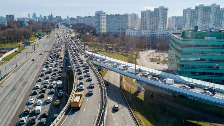 С 1990-го года москвичей стало на 2 миллиона больше