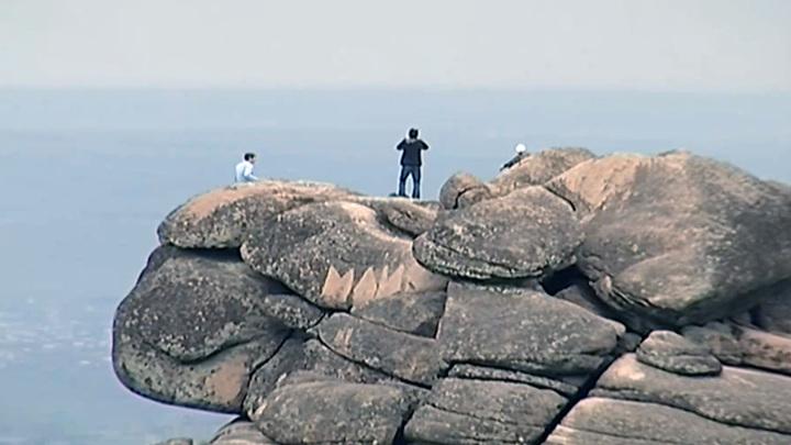 На красноярских Столбах за сутки спасли двоих туристов