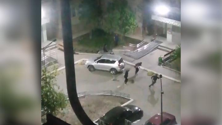 Покушение на убийство со стрельбой в Тюмени попало на видео