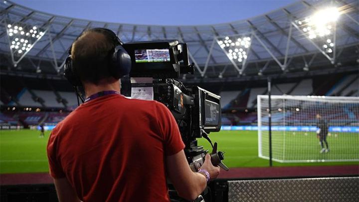 Телевещатели принесут футболу Англии 5 млрд фунтов за три года