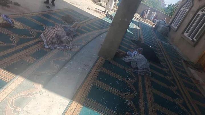 Мощный взрыв прогремел в мечети под Кабулом
