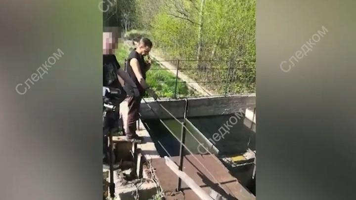 Житель Ленобласти убил экс-супругу черенком от лопаты и сбросил тело в колодец