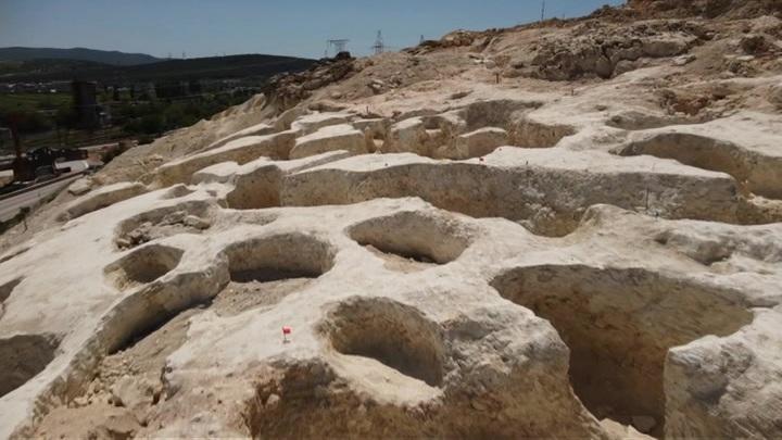 Российские археологи обнаружили в Крыму артефакты бронзового века