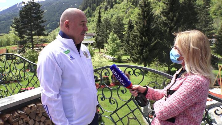 Первый матч Евро в День России: Черчесов рассказал, кто выйдет на поле