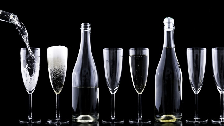 Названы российские регионы-лидеры по потреблению алкоголя