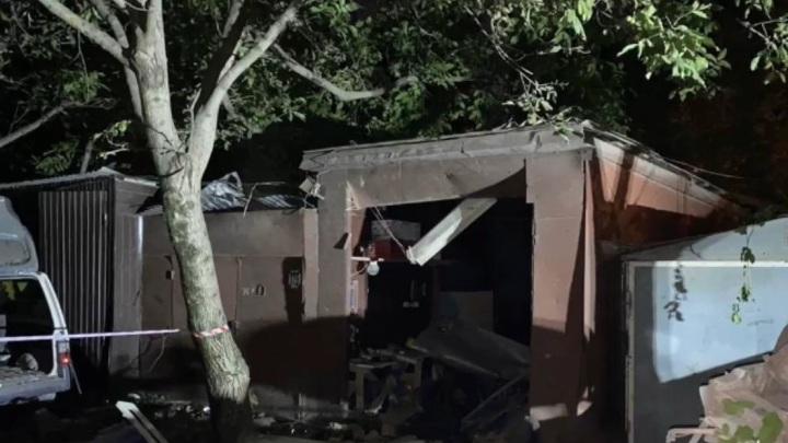 В Краснодаре по факту гибели женщины при обрушении гаража возбуждено уголовное дело