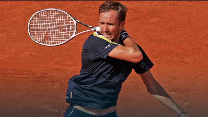 Медведев остался вторым в классификации АТР