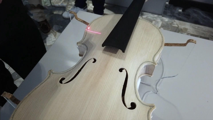 Первая скрипка, созданная искусственным интеллектом, может появиться уже в этом году