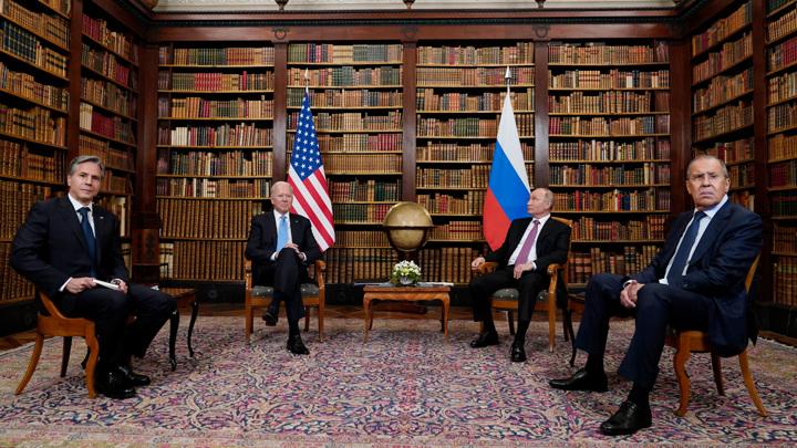 Что особенно тяжело: переводчица Путина о встрече с Байденом